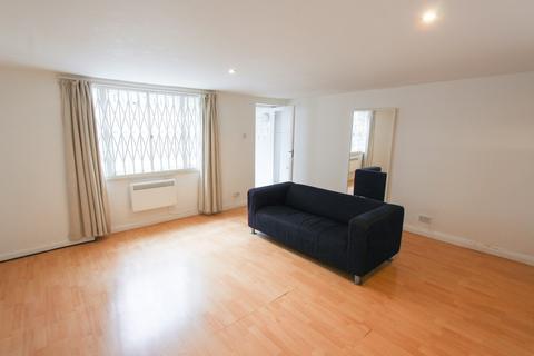 2 bedroom apartment to rent - Albert Street,Camden Town,