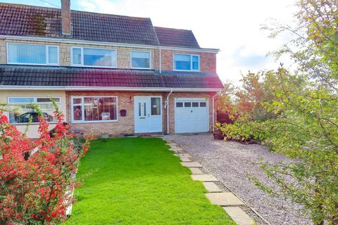3 bedroom semi-detached house for sale - Daleside, Buckley