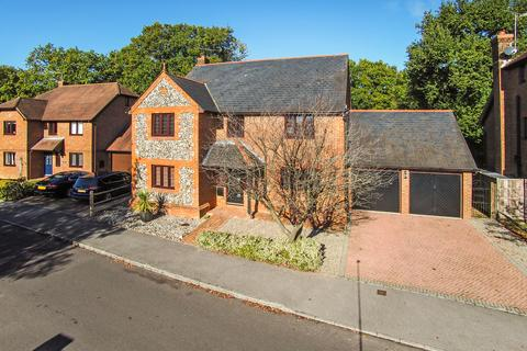 5 bedroom detached house for sale - Kingswood Rise, FOUR MARKS, Hampshire