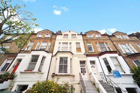Studio to rent - Northwood Road, London, N6