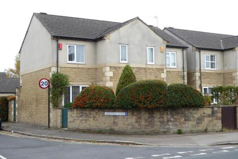 3 bedroom semi-detached house to rent - Abbeyfield Close, Lancaster, LA1 4NL