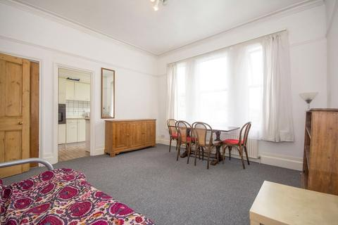 1 bedroom flat to rent - Lysias Road, Balham