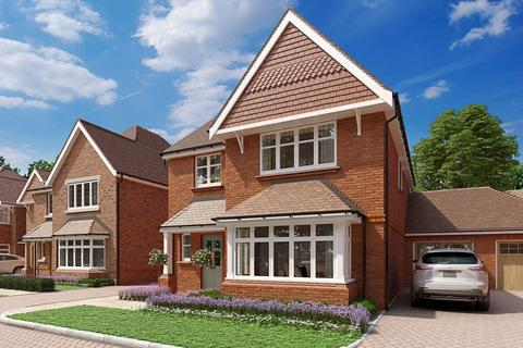 4 bedroom detached house for sale - Central Cranleigh location