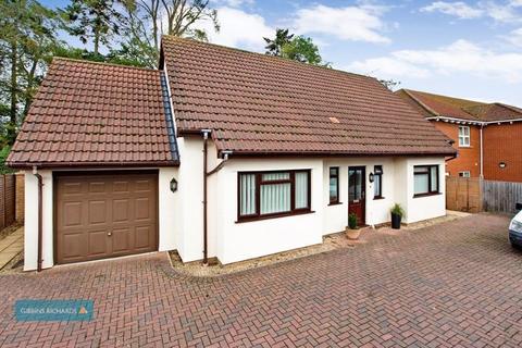 4 bedroom detached house for sale - Glenwood Gardens, Taunton
