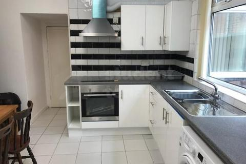 4 bedroom house share to rent - Albion Road