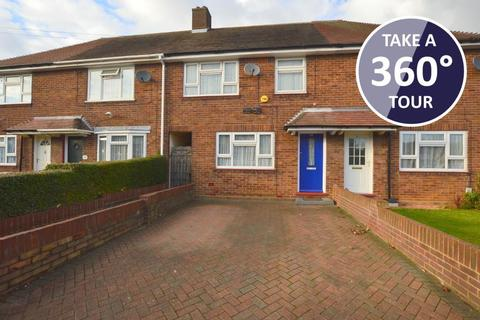 3 bedroom terraced house for sale - Broxley Mead, Hockwell Ring, Luton, Bedfordshire, LU4 9HP