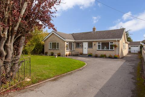 4 bedroom detached bungalow for sale - Whitley, Melksham