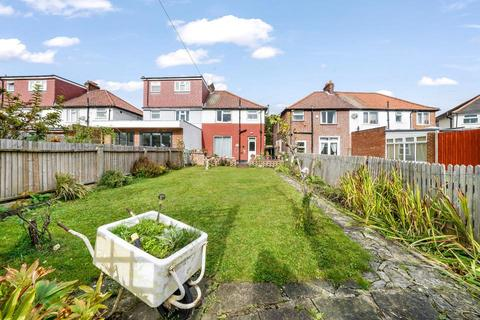 3 bedroom semi-detached house for sale - Rogers Road, London SW17