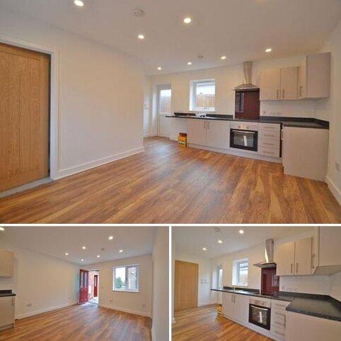 1 bedroom apartment to rent - Main Road, Long Bennington
