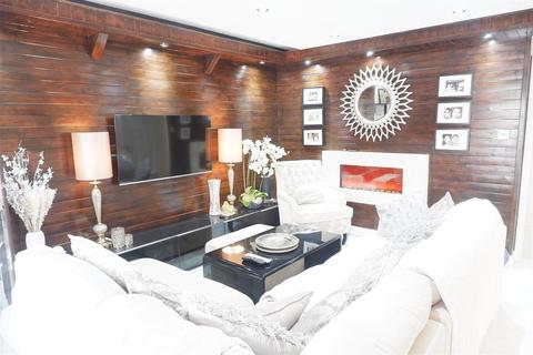 2 bedroom apartment for sale - Sutton Lane, Hounslow