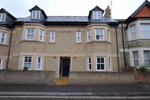1 bedroom flat to rent - JEUNE STREET (ST CLEMENTS)