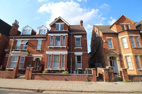 1 bedroom flat to rent - Castle Road - Ref:P7608