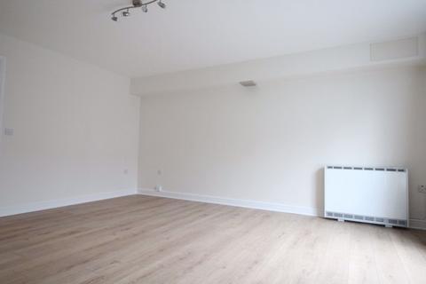 2 bedroom flat to rent - Crown Quay - Ref: P3166