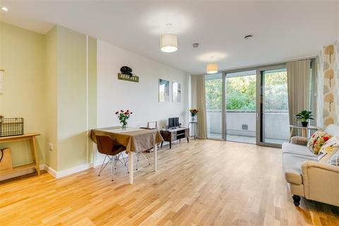 1 bedroom flat for sale - Colonial Drive, London, W4