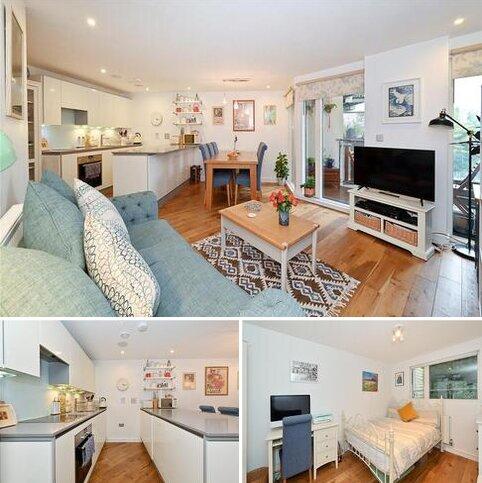 2 bedroom flat for sale - Seren Park Gardens, Greenwich, London, SE3