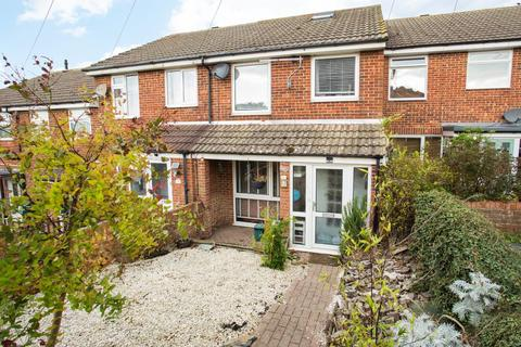 4 bedroom terraced house for sale - St. Francis Close, Deal