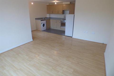 2 bedroom apartment to rent - Watling Gardens, Dunstable