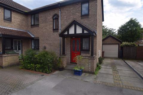 3 bedroom semi-detached house to rent - Pinfold Meadows, Bridlington, East Yorkshire, YO16