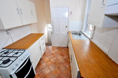 4 bedroom maisonette to rent - Fairfield Road, Jesmond, Newcastle Upon Tyne