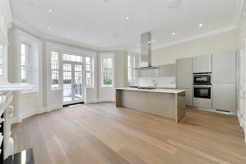 3 bedroom flat to rent - Green Street, Mayfair W1K