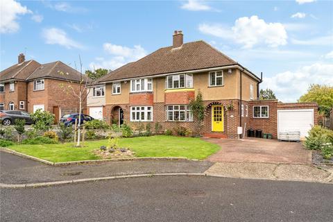 3 bedroom semi-detached house for sale - Kent Gardens, Ruislip, Middlesex, HA4