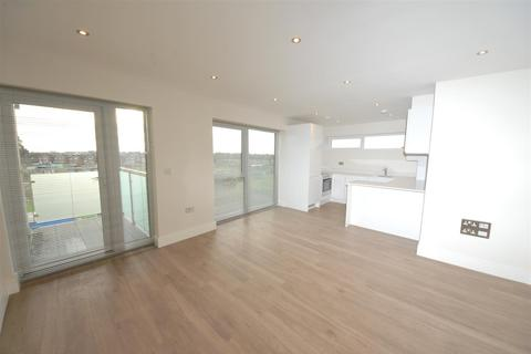 2 bedroom apartment to rent - Fern Court, Kingswood Place