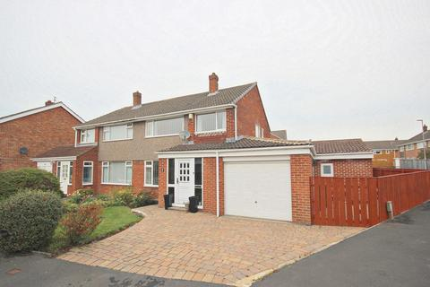 4 bedroom semi-detached house for sale - Devonshire Road, Belmont, Durham