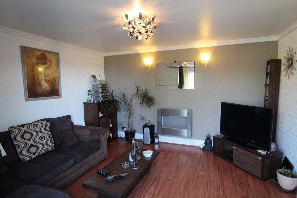 838. Living Room.JPG