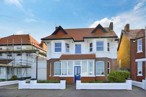 5 bedroom detached house to rent - St. Georges Terrace, Herne Bay