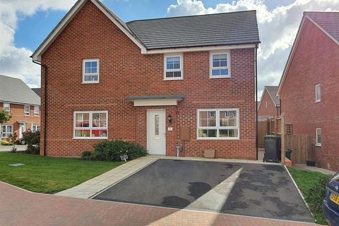 3 bedroom semi-detached house for sale - Regents Drive, Mickleover, Derby