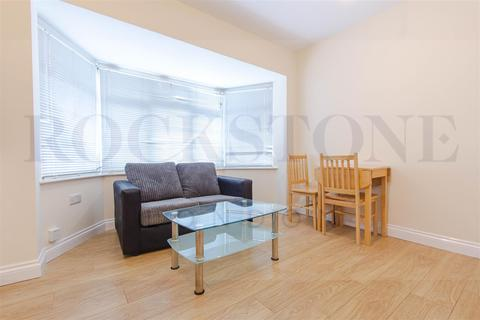 2 bedroom apartment to rent - Hendon Way, Golders Green, London, NW2