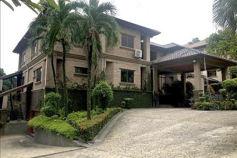 8 bedroom bungalow - Mines Resort City, Seri Kembangan