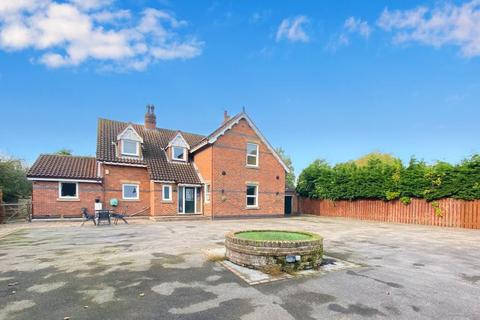 4 bedroom detached house for sale - Hazy View Hilston Road,  Roos, HU12