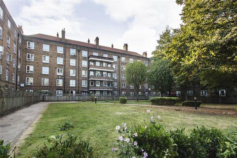 2 bedroom flat for sale - Wentwood House, Upper Clapton Road, London, E5