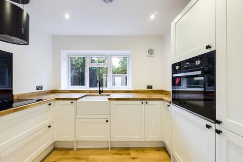 2 bedroom apartment to rent - Hythe Close, Tunbridge Wells, TN4