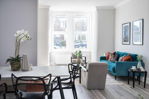 4 bedroom semi-detached house for sale - Dunstans Road, East Dulwich London SE22