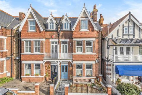 5 bedroom house for sale - West Cliff Road, Broadstairs