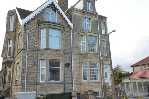2 bedroom flat to rent - Thornton Road, Morecambe, LA4 5PD