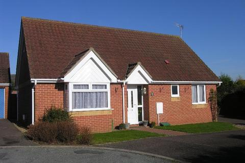 2 bedroom bungalow for sale - Gippingstone Road, Bramford