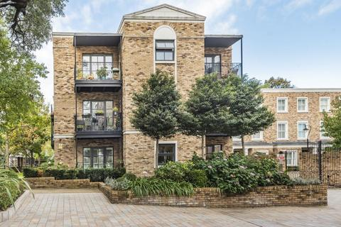 1 bedroom flat for sale - Palladian Gardens, Chiswick