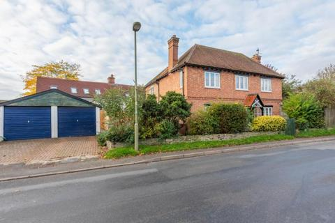 5 bedroom detached house for sale - Darenth Lodge, High Street, Chalgrove, Oxford
