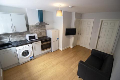2 bedroom flat to rent - 136 North Sherwood Street Flat 9, NOTTINGHAM NG1 4EF