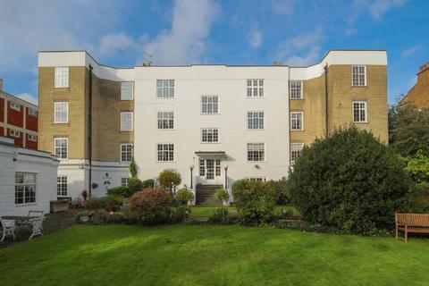 2 bedroom flat for sale - Kings Avenue, Clapham