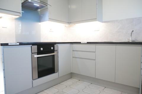 3 bedroom flat to rent - Grampian Court , Grampian Road, Liverpool L7