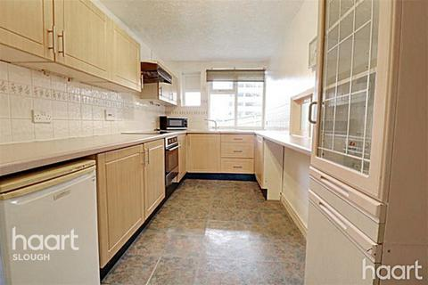 3 bedroom apartment for sale - Yew Tree Road, Slough