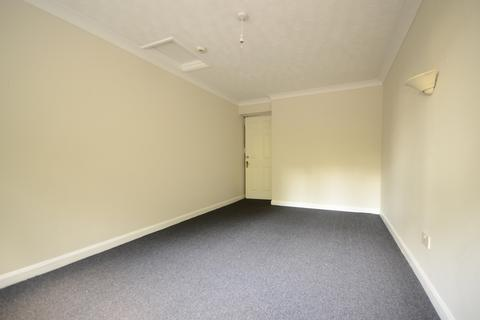 1 bedroom flat share to rent - Worthing Road Horsham RH13