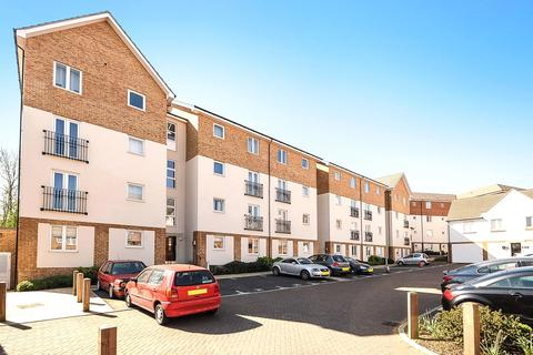 2 bedroom apartment for sale - Itea Court, 1 Lindie Gardens, Uxbridge, Middlesex, UB8