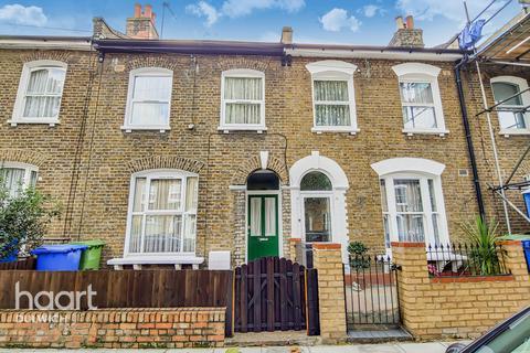 2 bedroom terraced house for sale - Kimberley Avenue, London
