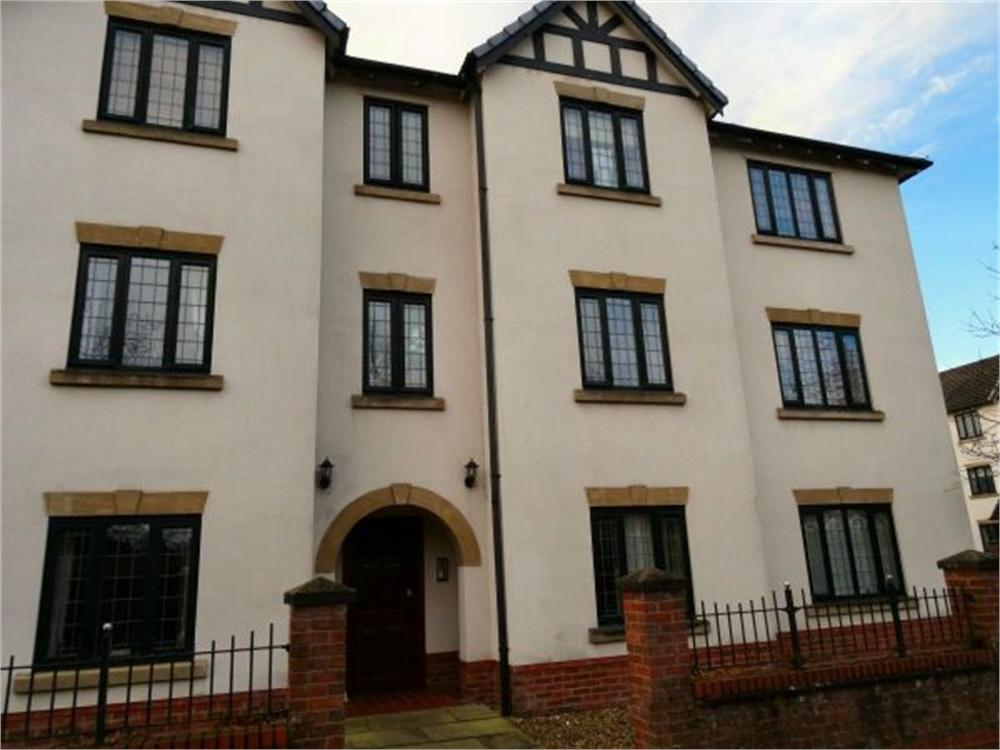 3 Bedrooms Flat for sale in Calderstones Drive, Whalley