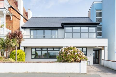 3 bedroom flat for sale - Marine Parade West, Lee-on-the-Solent, Hampshire